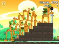 Angry Birds Seasons Download iPhone Game image 3